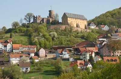 Burg Bergwinkelmarkt1